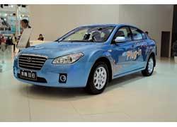 Опыт производства Toyota Prius для китайского рынка компания FAW применила при создании собственной гибридной модели B50 HEV.