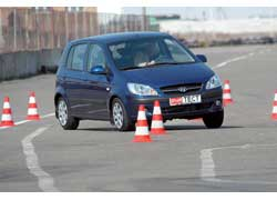 Более жесткая подвеска делает Hyundai Getz стабильнее и азартнее в управлении.