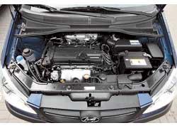 Мотор Hyundai чуть меньшего объема (1,4 л) развивает большую мощность – 95 л. с. и меньший крутящий момент – 125 Нм.