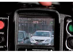 В данном случае на фотоснимке зафиксирована Mazda6, но ей присвоена скорость нарушителя – Laguna (76 км/ч).