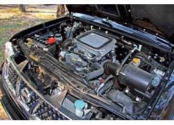 Силовой агрегат Nissan NP300 немного проигрывает в мощности (133 л. с.) оппоненту и гораздо шумнее на низах.