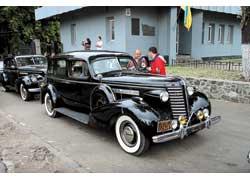 Интересную коллекцию довоенных моделей Buick представил Павел Акопник из Одессы. На фото – Buick Roadmaster 1937 года.