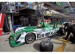 В младшем классе прототипов LMP2 не было равных двум экипажам, выступающим на баркеттах Porsche RS Spyder.