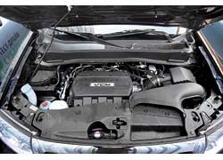 Особенность мотора Honda: система VCM в пробках или на трассе отключает до половины цилиндров.