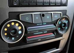 Компания TRW презентовала новую технологию ручных регуляторов Capacitive Touch Sensing, которые используются в салоне автомобиля для управления аудиоаппаратурой, системой вентиляции, отопления и охлаждения и т. п.