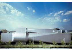 Единый генератор ветра представляет собой 12-лопастный вентилятор с 2-метровыми лопастями. Диаметр сопла ветровой турбины – 8 м.