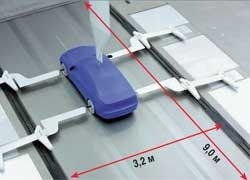 Для имитации перемещения по дороге и качения колес используется стальная «беговая дорожка». Когда машина «на ходу», ее Сх меньше на 0,01, чем с невращающимися колесами.