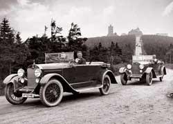Audi Type K Phaeton с мотором 3,5 л (50 л. с.) – первый из немецких авто с левосторонним расположением руля.