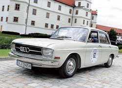 Первый послевоенный Audi (72) появился в 1965 году. Он оснащался 72-сильным 1,7-литровым мотором.