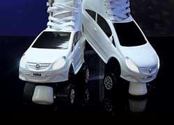 Роликовые коньки, выполненные в виде модели Corsa
