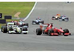 Впервые в сезоне на подиум доехал пилот Ferrari – Фелипе Масса.