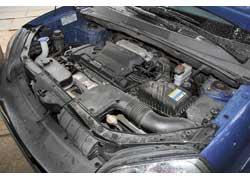 Бензиновый 2,0-литровый мотор (на фото) самый популярный в линейке агрегатов Tucson. Этот же агрегат применялся и на «сестричке» Elantra.