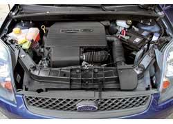 Бензиновые двигатели Fiesta  Duratec зарекомендовали себя в эксплуатации беспроблемными, важно только «кормить» их качественной «едой».