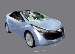 Помимо электромотора Hyundai Blue Will имеет 1,6-литровый бензиновый двигатель, поэтому запас хода – 1050 км.
