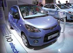 Литий-полимерные батареи Hyundai i10 electro более эффективны, но стоят 10 тысяч евро.
