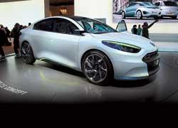 Конструкция Renault Fluence Z.E. позволяет менять батареи за несколько минут. Это сравнимо со временем заправки бака на АЗС.