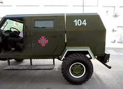 Багажник, называемый здесь хозотсеком, отделен от обитаемой части кузова.