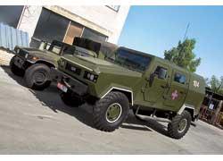 Заокеанский вояка HMMWV (он же – Hummer H1) против нашего «Козака»  просто малыш. Стоят «броневики» такого класса от $120 тыс. до $250 тыс.
