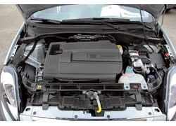 Мотор мощностью 105 л. с. обеспечивает хороший баланс между характером автомобиля и его экологическими и экономическими показателями.