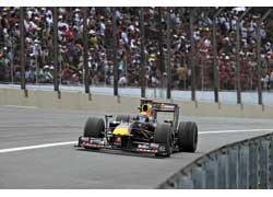 Марк Уэббер одержал вторую за всю карьеру победу в крайне неудачный момент – ведь все внимание публики и прессы было направлено на триумфаторов сезона-2009, команду Brawn GP и Дженсона Баттона.