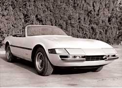 В середине 80-х годов многие купе Ferrari Daytona были кустарно переделаны в кабриолеты.