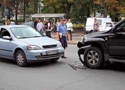 Если даже при незначительном превышении скорости произошло ДТП, водитель понесет серьезное наказание – административное или уголовное (если есть пострадавшие).