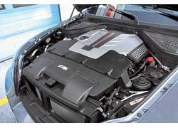 Двигатель – MTwinPower Turbo ссистемой непосредственного впрыска топлива High Precision Injection. Он имеет общий выпускной коллектор особой конструкции и технологию двойного наддува Twin Scroll Twin Turbo.