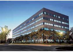 Внешне малопримечательное здание насамом деле является главным офисом R&D centre– основным оружием корейцев против мирового автопрома.