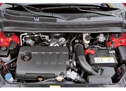 Двигатель мощностью 115 л. с. обеспечивает Soul неплохую динамику в11,3секунды. Правда, хочется большего.