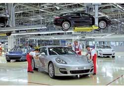 С конвейера завода Porsche в Лейпциге сошел 10-тысячный экземпляр модели Panamera