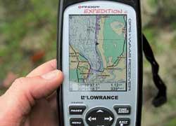 Туристический GPS-навигатор– наиболее оптимальный вариант для этой игры.