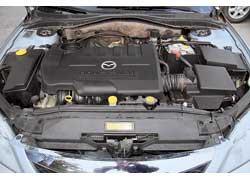 Линейка агрегатов Mazda6 более разнообразна, а еедвигатели дешевле вобслуживании, чем у конкурента.