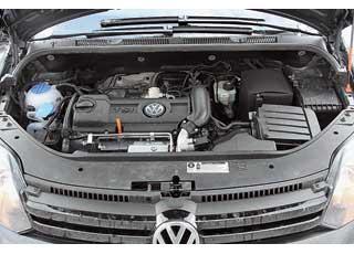 Мощный, эластичный и со скромным «аппетитом» к бензину 1,4-литровый агрегат оснащен турбиной и компрессором.
