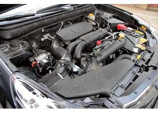 Мотор объемом 2,5 литра выдает 167 л.с. Динамику машины ураганной не назовешь. Но дляценителей предлагается турбированная 265-сильная версия этого агрегата.