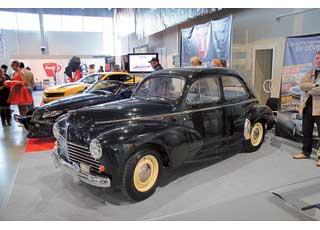Peugeot 203 стал первой послевоенной моделью марки.