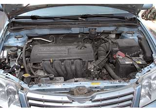 Бензиновые двигатели Corolla  чувствительны ккачеству топлива, а после 100тыс. км некоторые прокладки и сальники могут потерять герметичность.
