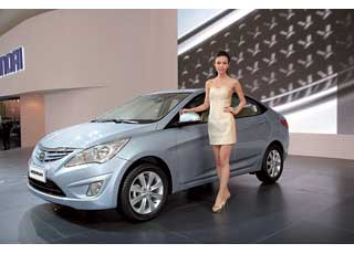Hyundai Verna (Accent) получил яркий дизайн и обновленные силовые агрегаты.