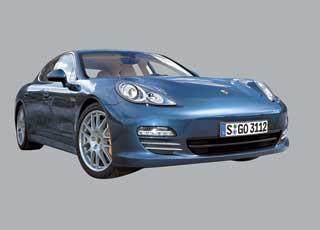 С мая нынешнего года линейка Porsche расширится за счет двух новых «бюджетных» моделей – Panamera и Panamera 4.