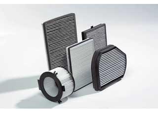 В пробках эффективность очистки угольных фильтров от отработавших газов быстро  снижается, поэтому менять их нужно чаще.