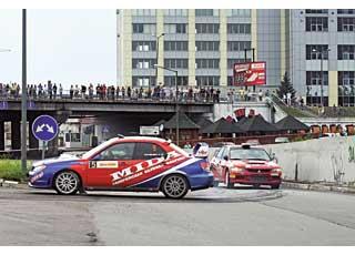 Карусельная гонка получилась весьма зрелищной, хотя спортсмены, догонявшие друг друга, не всегда были ею довольны.