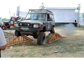 Суровый тест  «Рампа» – испытание даже длятюнингованных машин.