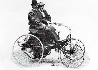 Появление в Одессе первого в Российской Империи автомобиля.