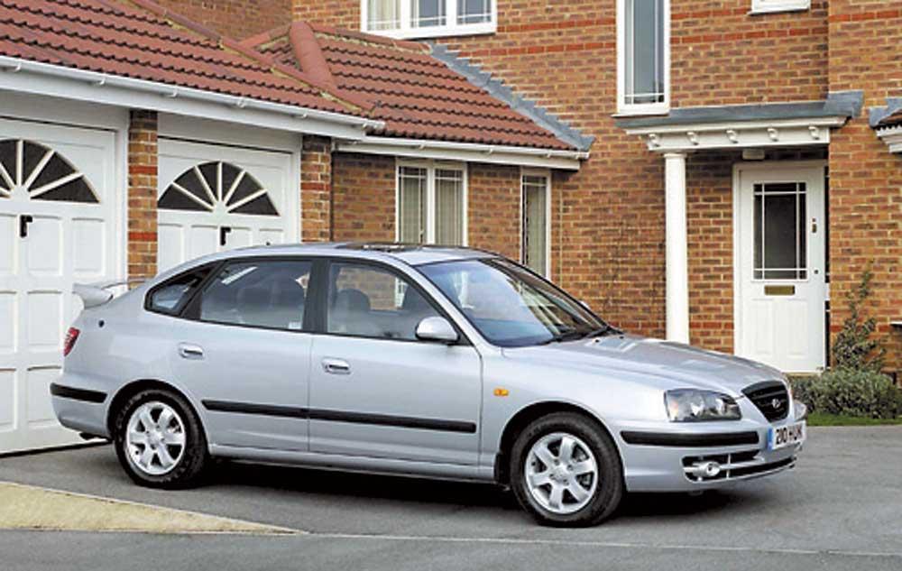 Hyundai elantra hatchback (хендай элантра хэтчбэк) в россии: объявления о продаже, цены, каталог, фото, отзывы, форум, запчасти, ремонт и эксплуатация.