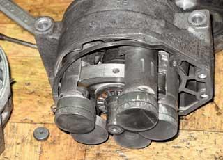 Нехватка смазки провоцирует механический износ компрессора – самого дорого узла системы.