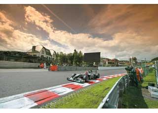 Несмотря на итоговое седьмое место, это одна из лучших гонок сезона для Михаэля Шумахера, ведь стартовал он с21-й позиции!