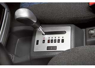 Тюнингованный Lanos собвесом– несерийный, аработа тюнинг-ателье. Lanos сАКП внешне неотличается от обычного иможет быть доступен в кузове седан или хэтчбек.