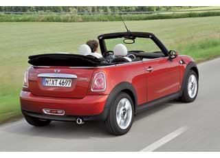 Для кабриолета теперь доступны бензиновые моторы 98 л. с. (MiniOne) и 211 л. с. (John Coоper Works), а также 112-сильный турбодизельный двигатель (Cooper D).