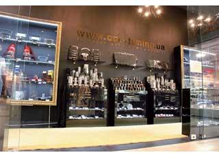 В столичном торгово-развлекательном центре «Большевик» открылся магазин компании Car-Tuning.
