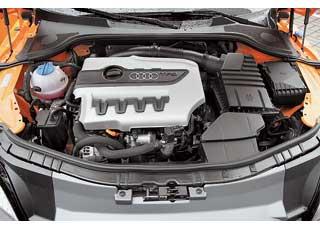На разных моделях Audi турбомотор снепосредственным впрыском 2.0 TFSI развивает разную мощность. На TTS самая большая – 272 л. с.