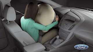 В новом Ford Focus, который появится в 2012 году, водителя и переднего пассажира будут защищать подушки безопасности нового типа.